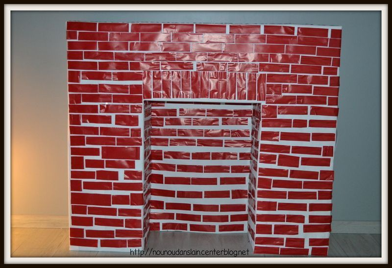 cheminee carton noel fabulous faire une chemine en carton pour nol with cheminee carton noel. Black Bedroom Furniture Sets. Home Design Ideas